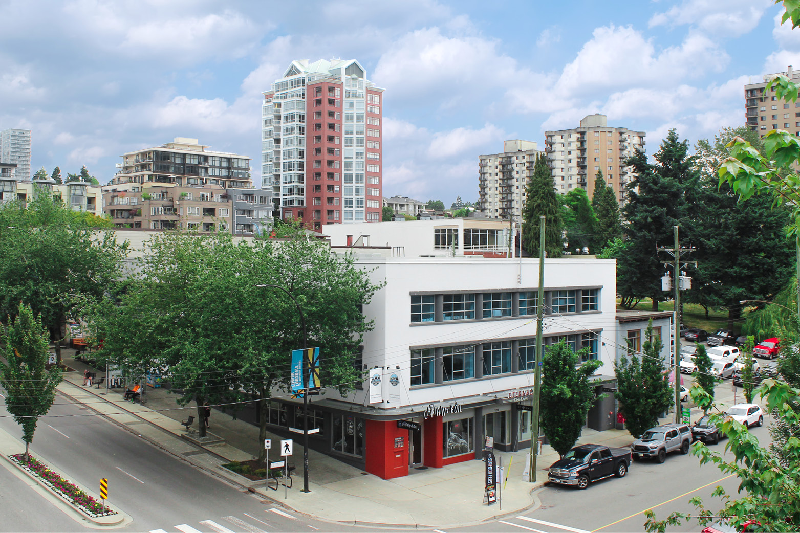 120 Lonsdale Ave &